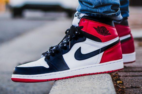 """Nike anuncia data de lançamento do Air Jordan 1 Retro """"Black Toe"""""""