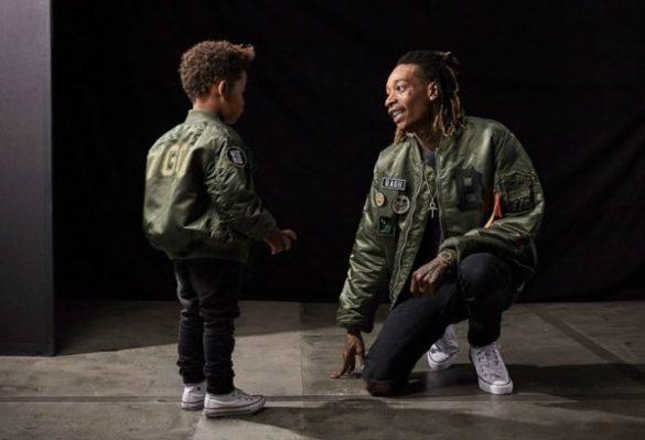 """Wiz Khalifa e seu filho Sebastian lançam linha de roupas """"Bash"""""""