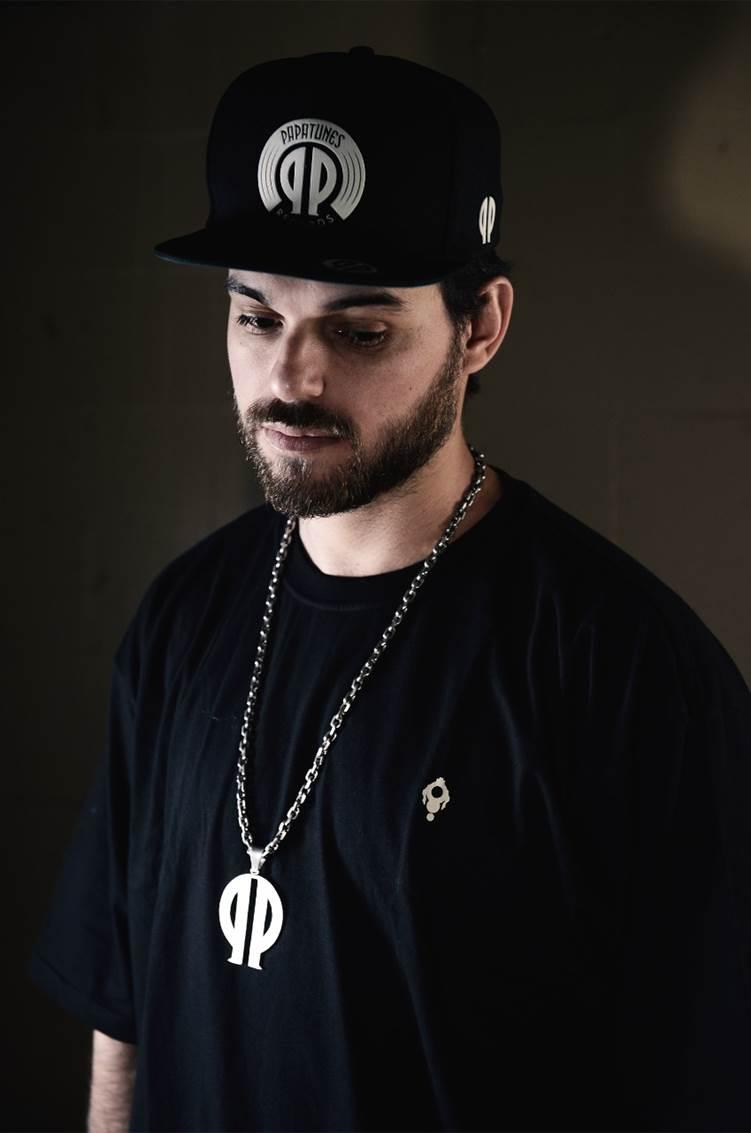 cbae7390527 Papatinho firma parceria com a Warner Music Brasil e anuncia nova ...
