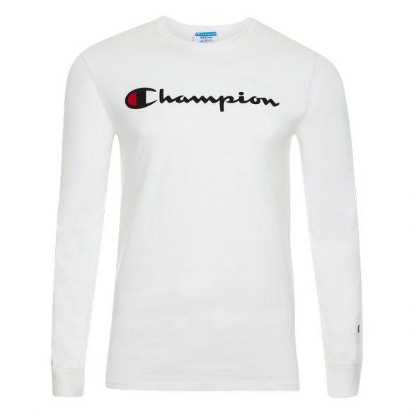 Cavalera comercializa Off-White, Supreme, Bape e Champion